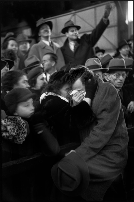 USA. New York City. 1947. A refugees boat coming from Europe has just arrived. A mother finds her son who had been separated from her during the war.